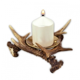 Candles holder with roedeer antler. Decoration. Chalet. Fireplace. 17_3203