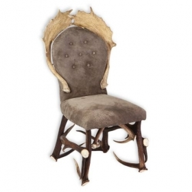 Chair with real deer and fallow deer antlers. M: 60x55cm x H 110cm 114405