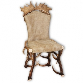 Chair with real deer and fallow deer antlers. M: 60x55cm x H 110cm 114406