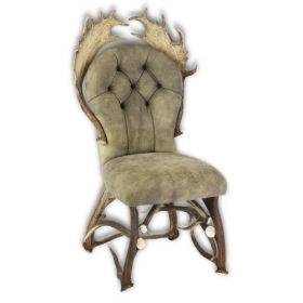 Chair with real deer and fallow deer antlers. M: 60x55cm x H 110cm 114424
