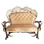 Sofa with real deer and fallow deer antlers. M: 140x90cm x H 115cm 112205